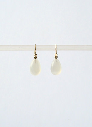 Moonstone Pear shaped tear drop gem stone earring in 14k gold