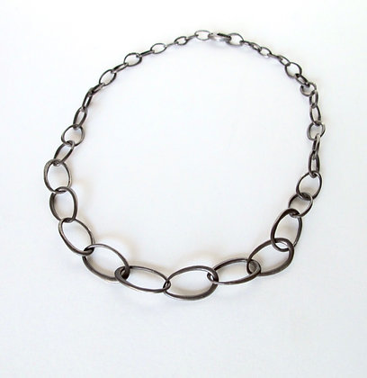 Blackened Silver Graduated Chain