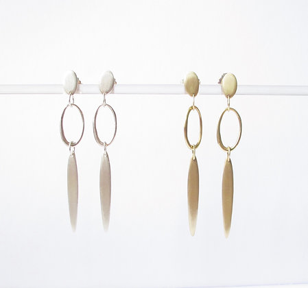 Dangling blade of grass and loop drop earring simple statement