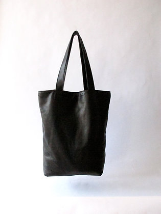 Gina Tote black leather