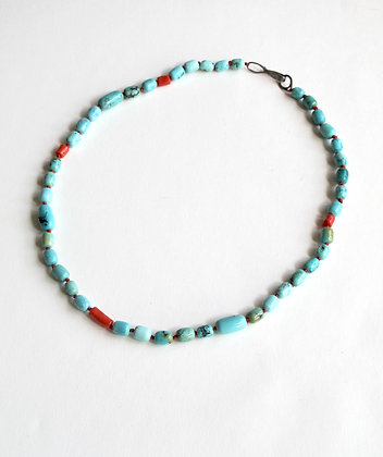 Turquoise bead necklace with coral