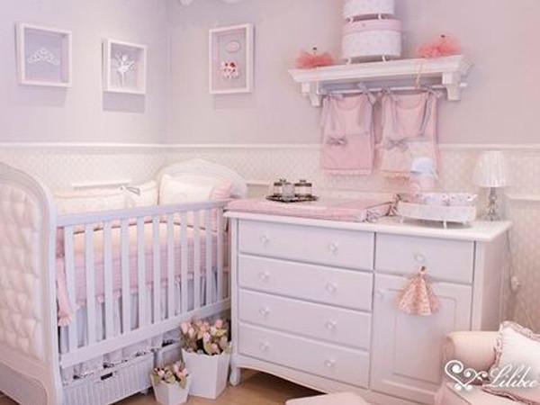 Quarto de Bebê Menina Tradicional