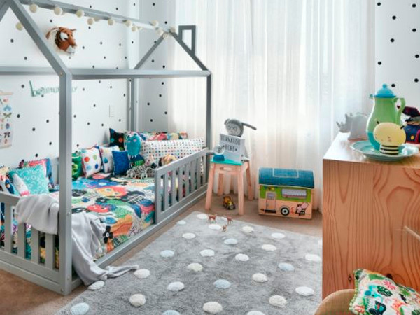 Quarto do Bebê Montessoriano Neutro