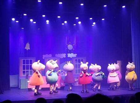 Teatro Peppa Pig - Brincando de Ser Grande