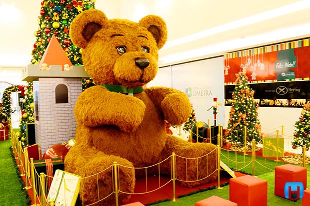 Urso Gigante Natal em Holambra