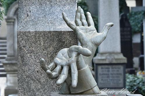 Prague, The Hands