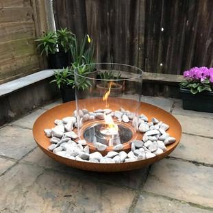 Tondo outdoor bioethanol fire.jpg