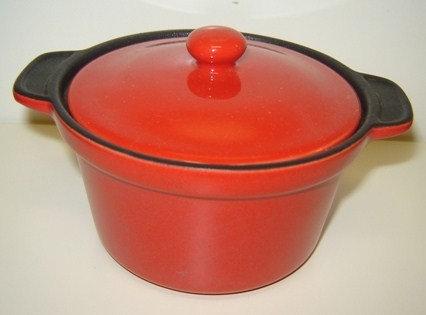 Microstoven pannetje rood; 300 ml