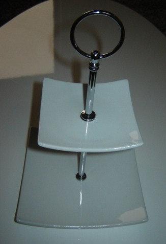 Etagiere 2-delig (porselein); 24 cm hoog