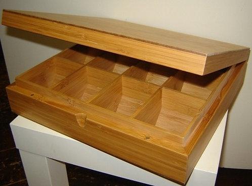 Theedoos 'Bredemeijer' (bamboe hout; dichte deksel); 12 vaks