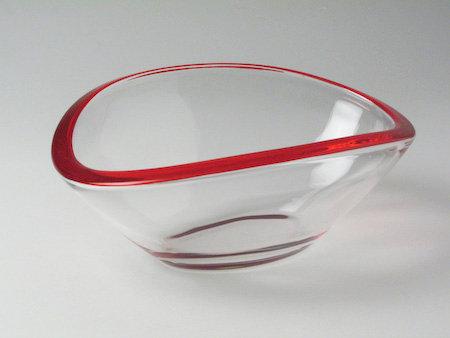 Emotion schaal 18 cm rood