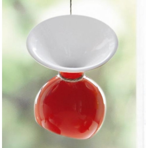 Vaasje 'Asa' (model: Lulu); rood