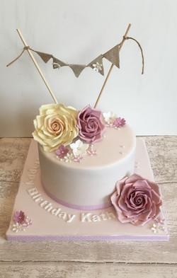 Pretty Bunting Cake