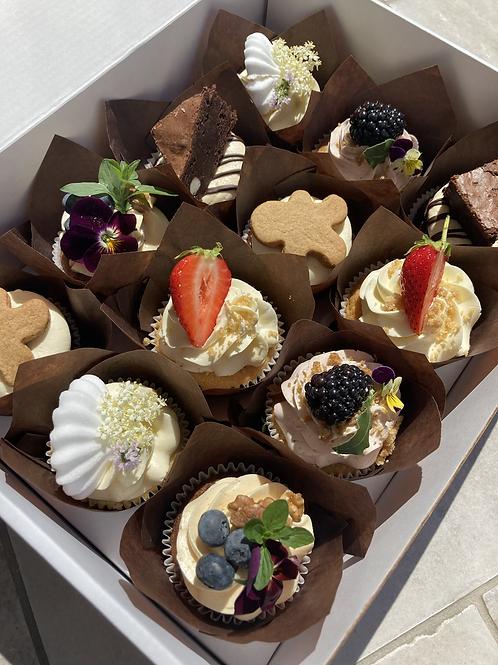 The Pudding Cupcake Box