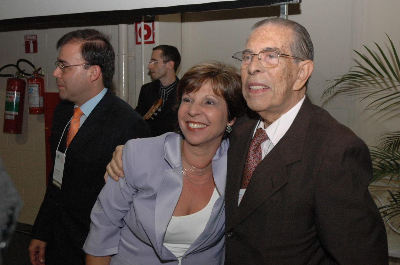Denise Monteiro com Prof. Álvaro Bastos