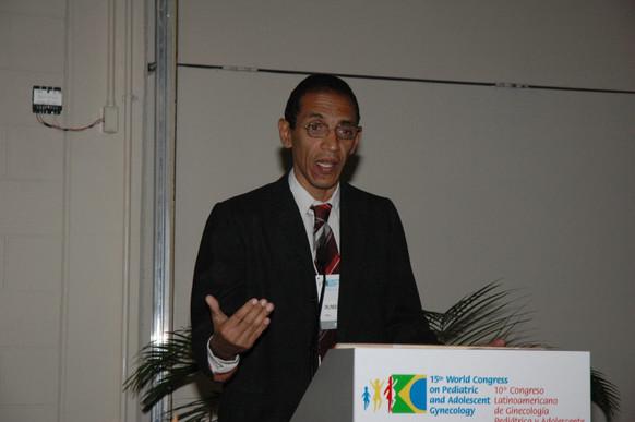 Orlando Pons - Delegado de Cuba