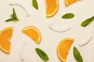 Orange und Kokosnuss