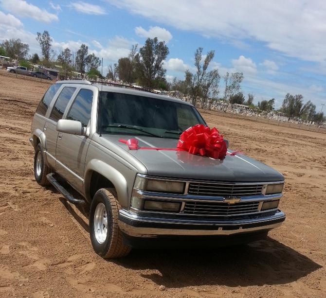 """Donación de Camioneta para la escuela primaria """"Constitución de Apatzingán"""" del Ejido More"""