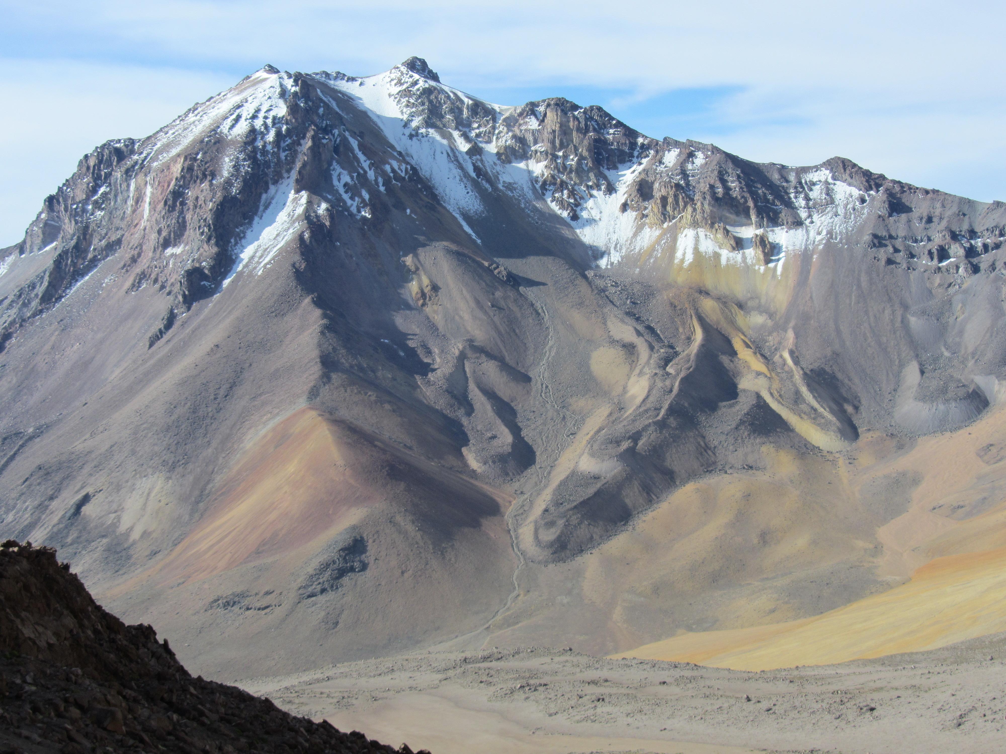 Volcan Chachani 6057 m.