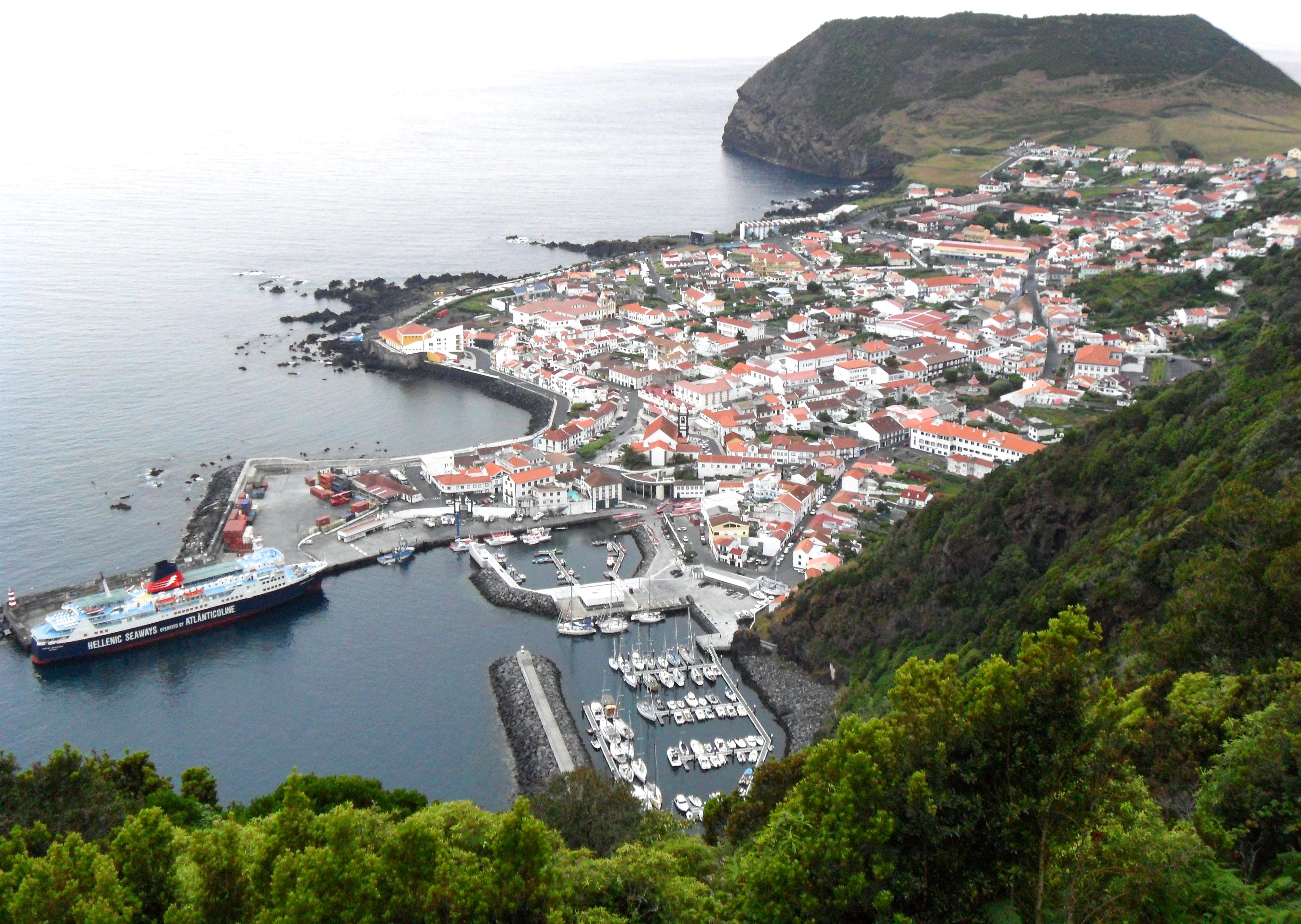 Port de Velas, Sao Jorge