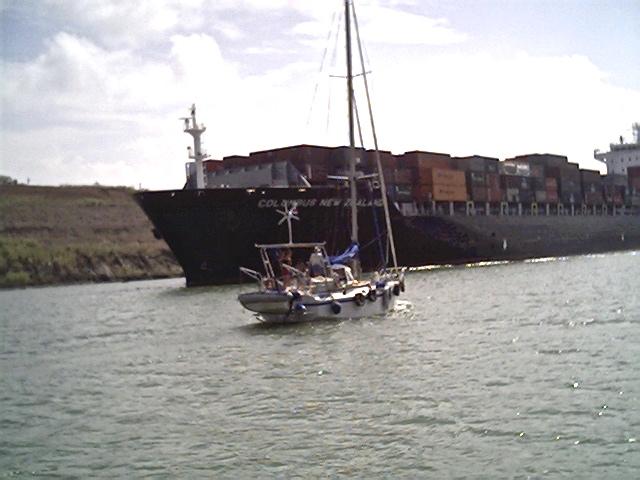 Dans le canal