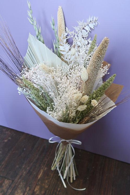 Green & White Dried Bouquet