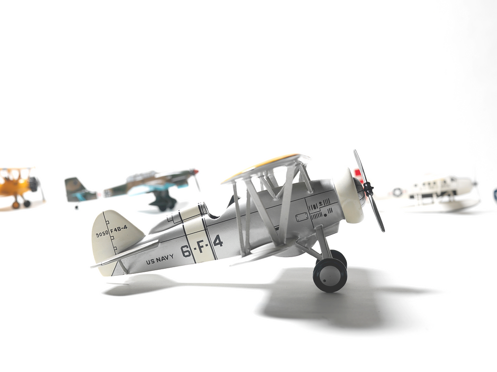 Retro%20Toy%20Airplanes_edited.png
