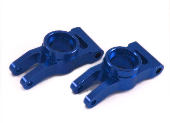 Aluminum Rear Hub Carrier (2pcs)(Blue) can be used on Rampage models