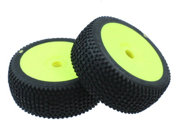 Wow Racing Tires, Pre mount (2) - Yellow (Medium Softness Compound)