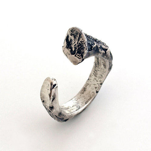 Oxidized silver ring. Florence Jewelry craft Shop online