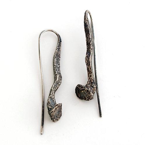 Orecchini pendenti in argento brunito. Shop online gioielli Firenze