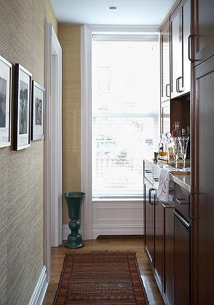 Grasscloth, home bar, Brooklyn brownstone, Traditional interior design