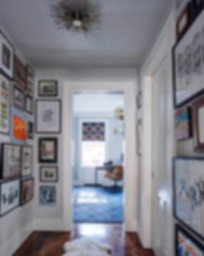 Picture gallery vestibule, home art display