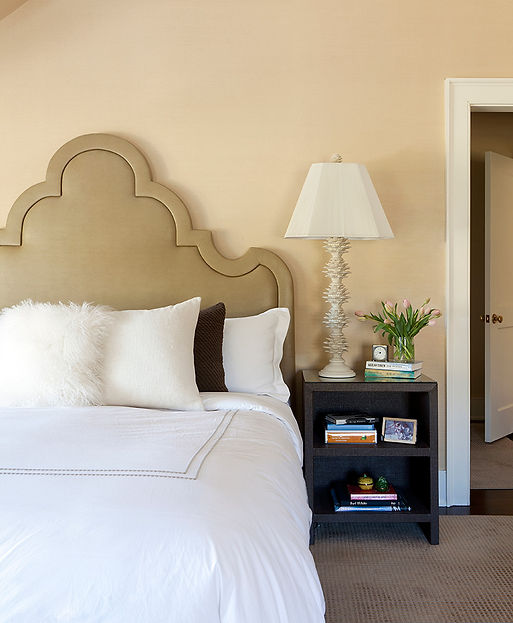 Custom shaped camel style headboard, artichoke lamp