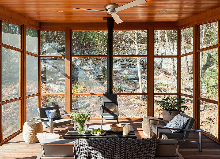 Screened in porch, Woodstock country house