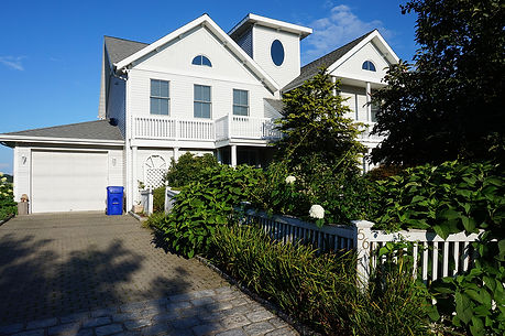 Shelter-Island-House-Before.jpg