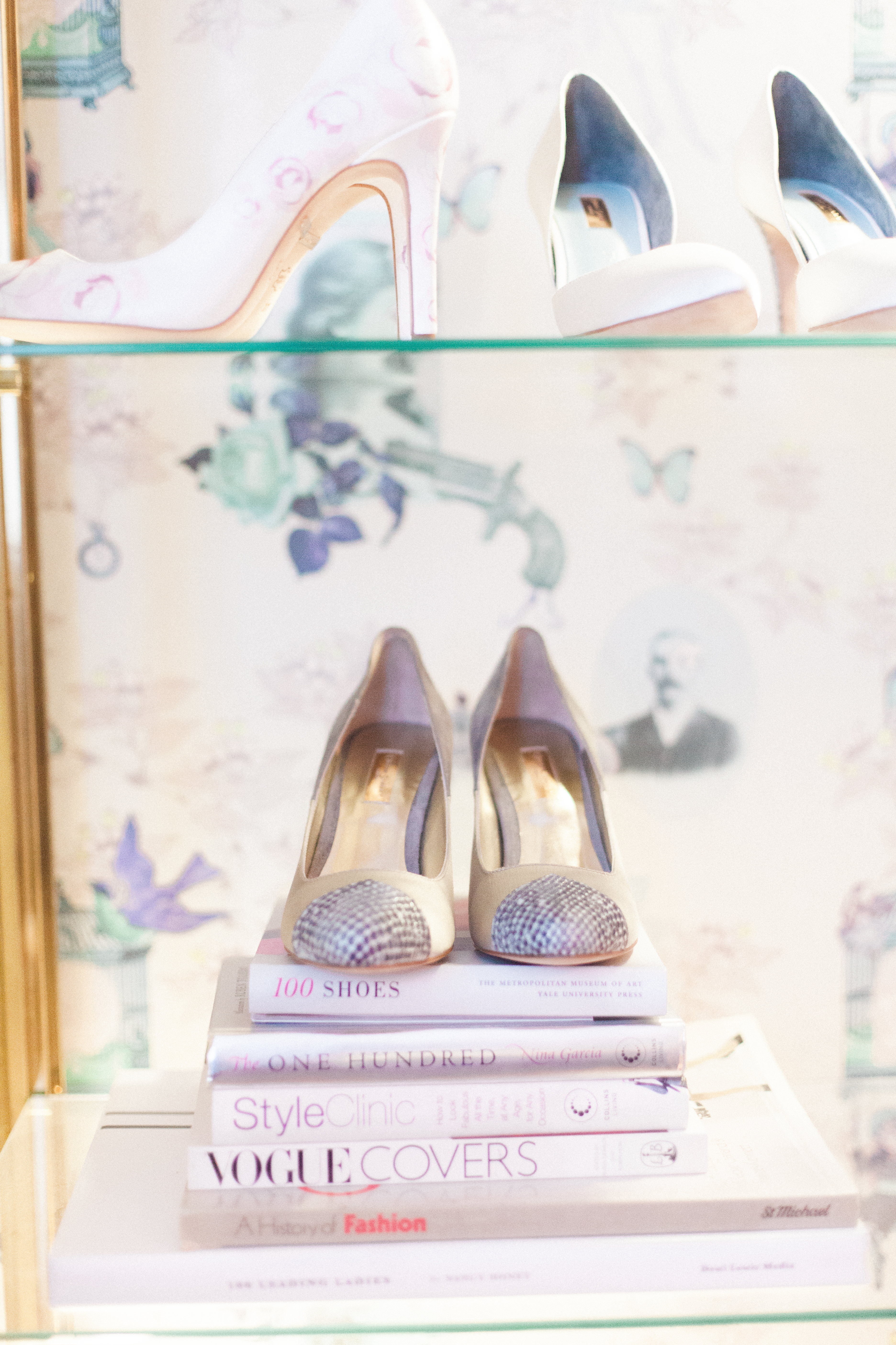 Upper-Street-Shoe-Bloved-Blog--Xander-and-Thea-Fine-Art-wedding-photography-Lond
