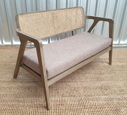 Sonet Sofa with Cushion