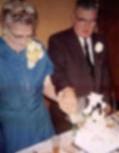 wedding gladys and bill cut cakeps.jpg