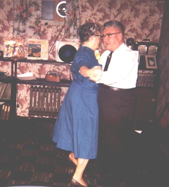 wedding dancing gladys and bill.JPG
