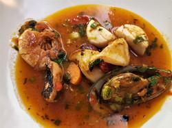 Cacciucco alla Livornese, Meeresfrüchteeintopf aus Livorno