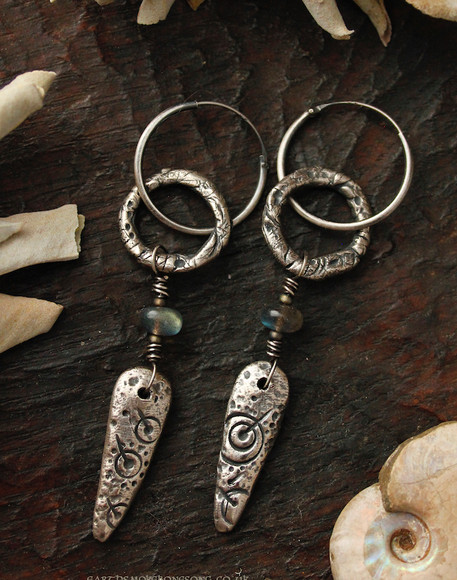 silver cup and ring marking earrings clo
