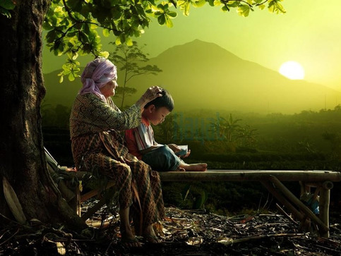 Bütün validelerin şefkatleri, rahmet-i İlahiyenin bir lem'asıdır.