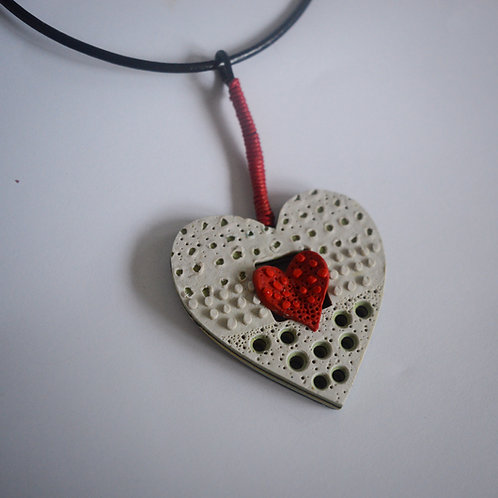 """""""Simply Love"""" necklace"""