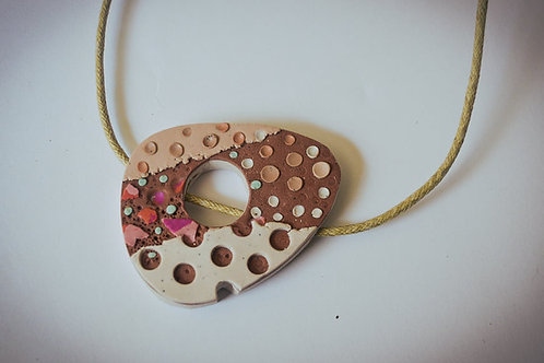 """Cappuccino"" necklace"