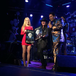 Los Angeles Music Award for community service 2015