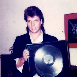 1983 - Going Double Platinum