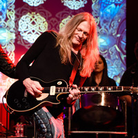 Mitch Perry of The Edgar Winter Group an