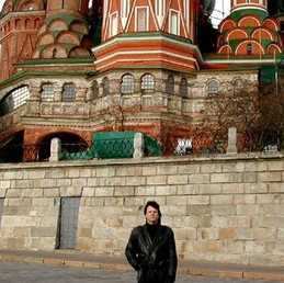 Behind the Kremlin, Moscow 2002