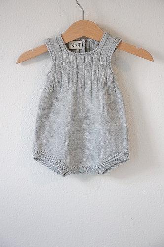 Grey Wool baby romper/ Fofo cinz bebe lã